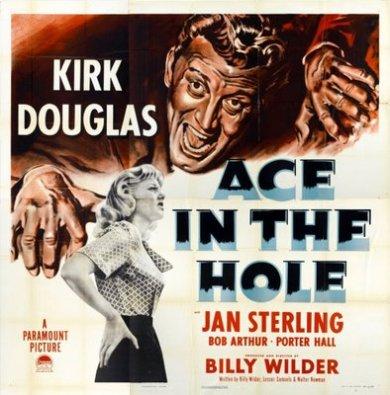Ace in the hole (Billy Wilder, 1951): sobre cómo los medios de comunicación carecen de moralidad, ofreciendo el sensacionalismo a un público sediento de morbo y de necesidad por entretenerse con la desgracia ajena. Un buen ejercicio sería ver la película y luego repasar cómo se cubrió la noticia de los mineros de Chile atrapados bajo tierra, observando las similitudes.